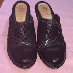 Nurture ladies mule shoes, size 6 1/2
